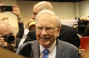 Here's What Warren Buffett Is Buying And Selling