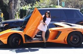 20 Beautiful Cars Driven By The Most Beautiful Celebrities - Interesting