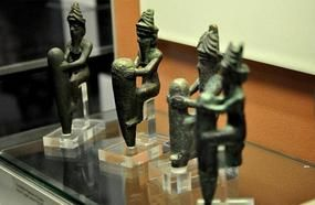 Why Some People Think Ancient Sumerians Were Visited By Aliens