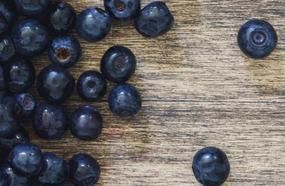 8 Fruits You Should Be Eating And 8 You Shouldn't