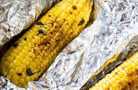 Only 17 Minutes And You Will Get Amazing Grilled Garlic Parmesan Corn