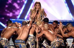 Jennifer Lopez Shuts Down The 2018 MTV VMAs With Vanguard Award Performance
