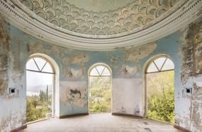 After Photographing Nearly 500 Abandoned Locations, I Came Across Stunning Abkhazia