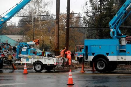 No. 1 U.S. Utility PG&E Prepares Bankruptcy Filing After California Wildfires
