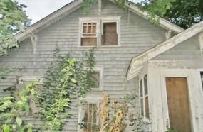This House Was Abandoned In The 1950S. What They Left Behind? Chilling