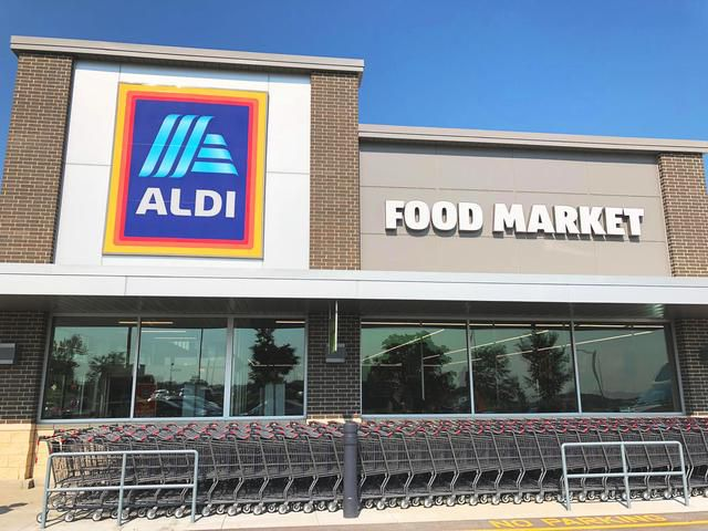 Shopping Secrets And Hacks From ALDI Employees