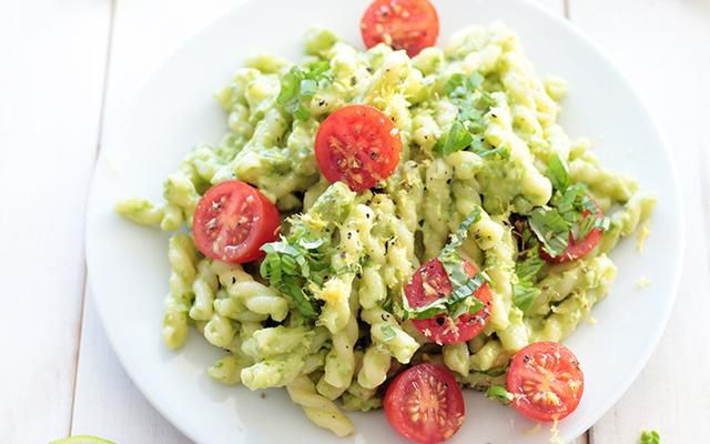 How Avocados Can Easily Replace Dairy in All Your Favorite Creamy Dishes
