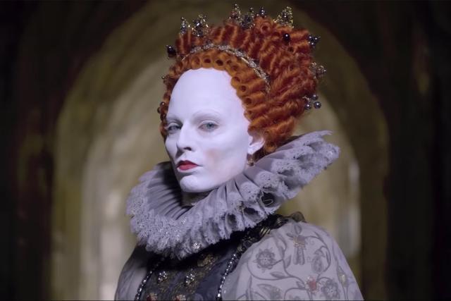 Margot Robbie as Elizabeth I in Mary Queen of Scots.