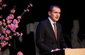 Iceland President Reverses Threat To Ban Hawaiian Pizza