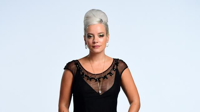 Lily Allen Blames Weight Gain During American Tour On Country's Chicken Wings
