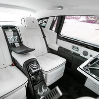 What Really Goes On In The Back Seat? Chauffeur To VIPs Reveals Some Of The Extreme Demands Made By The Rich And Famous