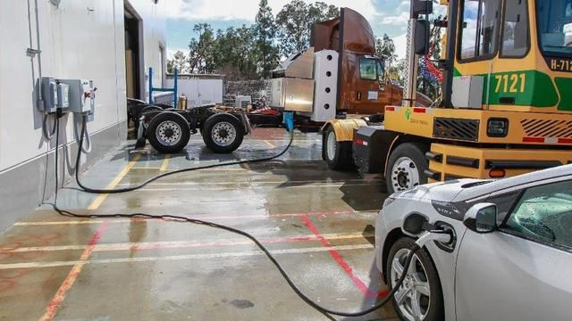 How Fast Can California Switch From Diesel-Burning Freight Trucks To Electric Big Rigs?