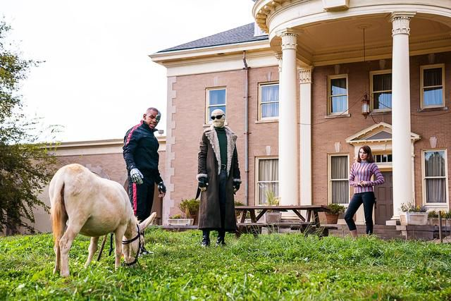 Doom Patrol Recap: The Only Way Is Through The Donkey
