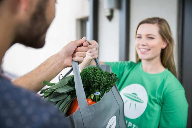 How To Saving Money By Having Groceries Delivered To Your Home