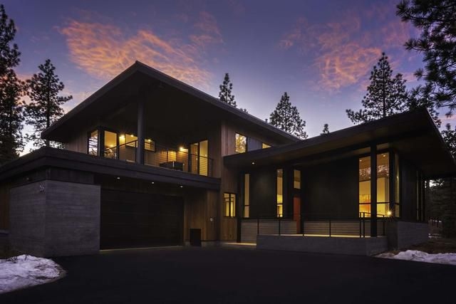 Modern Ski Chalet Near Lake Tahoe Asks $3.2M