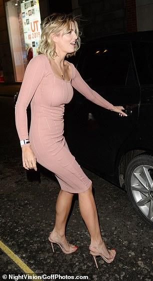 Ashley James Slips Her Curves Into Skintight Knitted Pink Dress At Star-Studded Fashion Bash