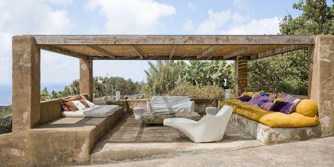 Gorgeous Outdoor Rooms to Inspire Summer Entertaining