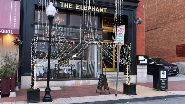Mount Vernon Restaurant The Elephant Isn't Closed After All — At Least Not Yet