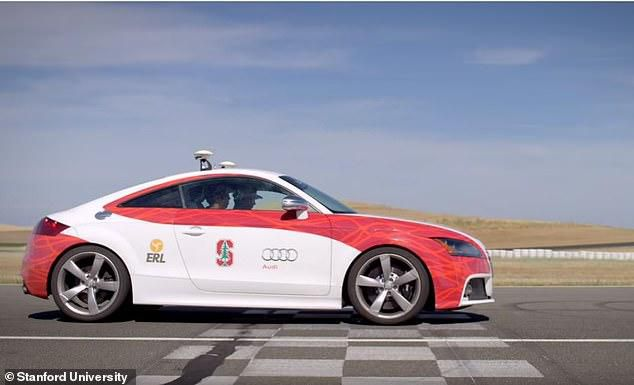 Driverless Car Is Taught How To Perform High-Speed Turns Without Crashing By Studying More Than 200,000 Similar Manoeuvres
