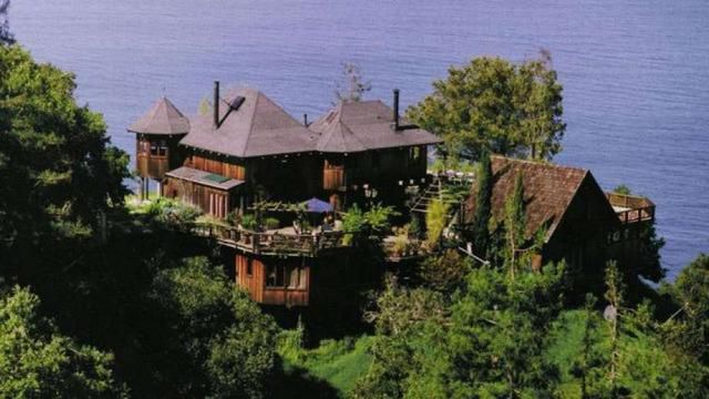 'Breathtakingly Beautiful' Big Sur Retreat Floats Onto The Market For $7.25M