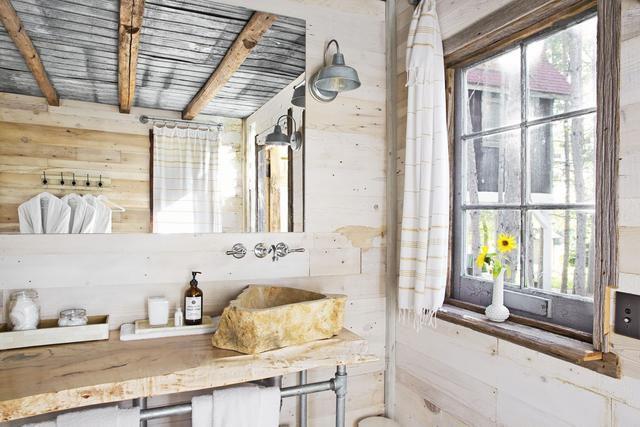 25 Big Storage Ideas for Small Bathrooms