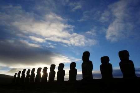Easter Island Statues Are Being Threatened by Tourists Wanting Pictures of Themselves Picking Noses