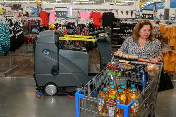 Walmart stocks store with robots as concern grows over retail job losses