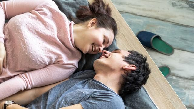 7 Seemingly Gross Things Couples Do That Help Them Get Closer