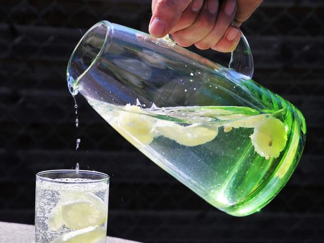 Do You Need to Drink 8 Glasses of Water a Day? Here's What 5 Experts Say