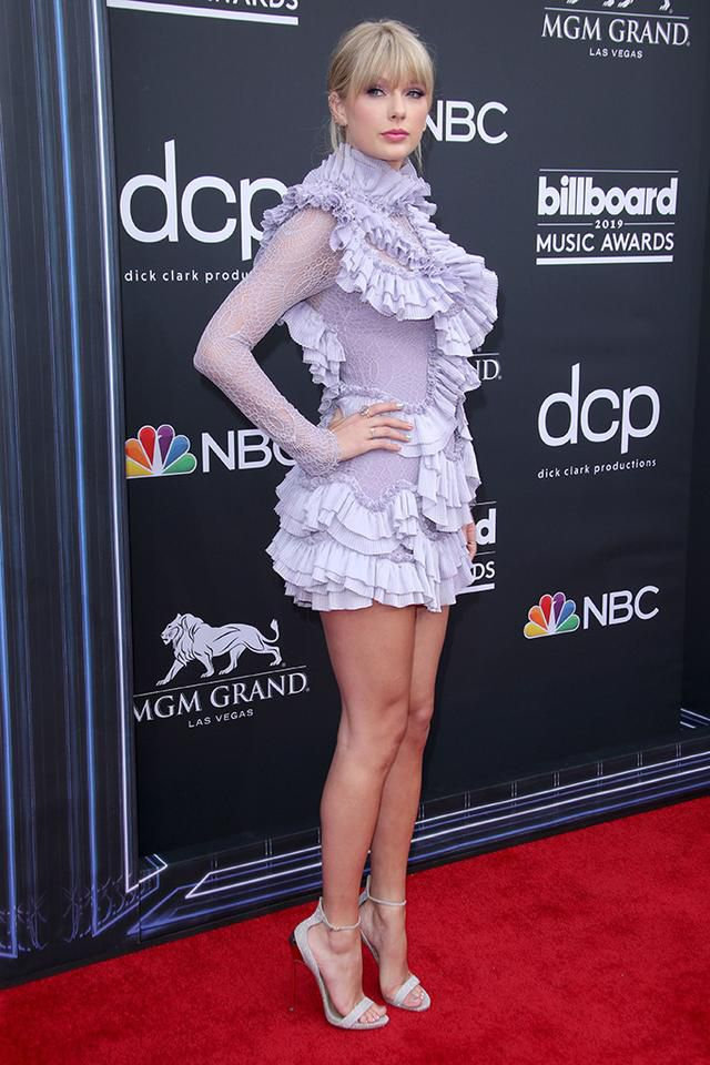 Taylor Swift Pops in Ruffled Minidress With Glittery Sandals and More Celebs at the 2019 BBMAs
