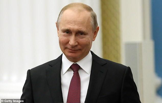 Putin signs off new law allowing Russia to cut off its internet from the rest of the world and paving the way for increased censorship