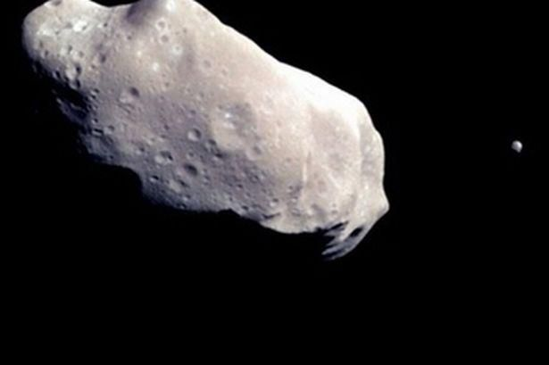 Massive asteroid to whiz by Earth - and you'll be able to see it