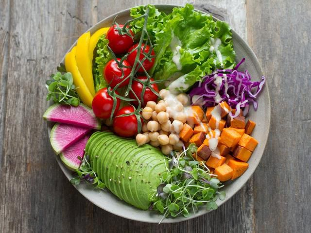 4 Key Nutrients That Make It Easier to Be a Successful Vegan