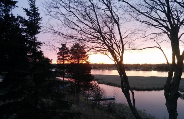 Cross-Canada May long weekend vacation getaways
