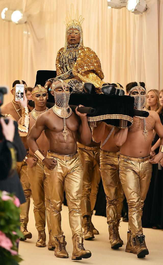 Billy Porter, in a 24-Karat Gold Headpiece, Is Carried onto the Met Gala Red Carpet on a Litter
