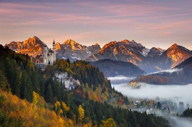 10 beautiful castles in Europe that look like something out of a fairytale