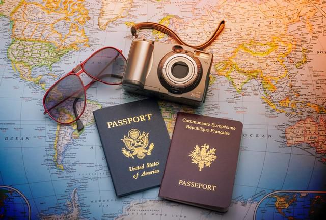 What to Pack: the Ultimate Travel Checklist 1