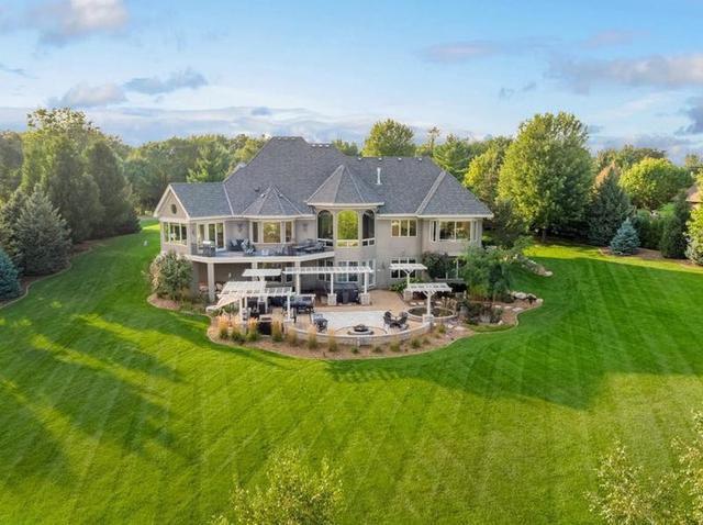 Michele Bachmann just sold her $1M home; take a peek inside