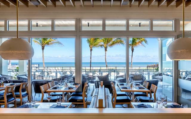 These Florida Bars and Restaurants Give You the Best Views of the Ocean