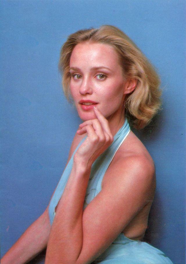 Jessica Lange (@JLangeUpdates)   Jessica lange young