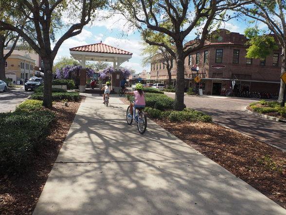 Orlando One Block at a Time: Exploring Winter Garden