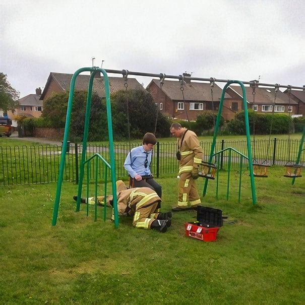 30 Embarrassing Adults Who Got Stuck in the Playground