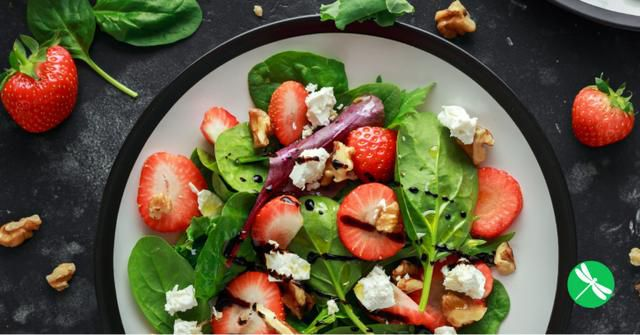 Spinach-Strawberry Salad With Feta and Walnuts
