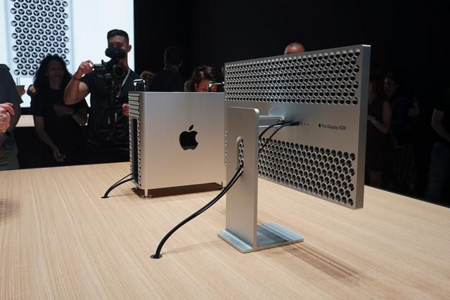 Apple's new $6,000 Mac Pro is a monster of a computer inside and out