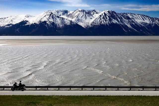 Road Trip America: The 12 Best Scenic Drives in the U.S.