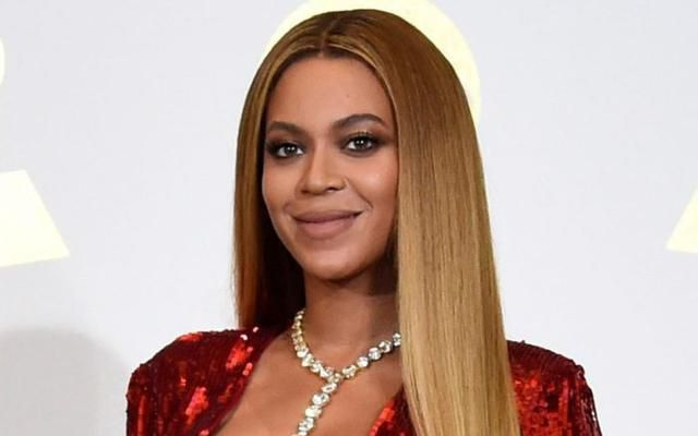 Beyoncé Rocks Nude Satin Sandals Courtside at NBA Finals With Jay Z