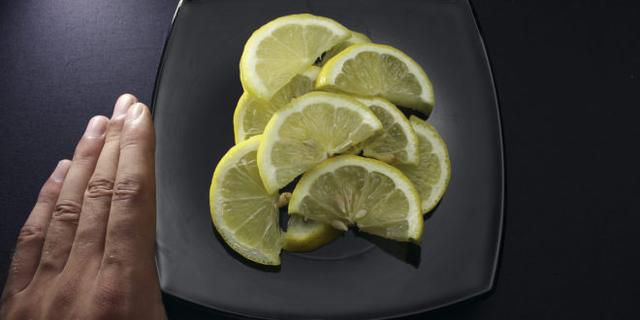 Lemon On The Nightstand Is Capable Of Miracles – You'll Notice The Changes The Next Day