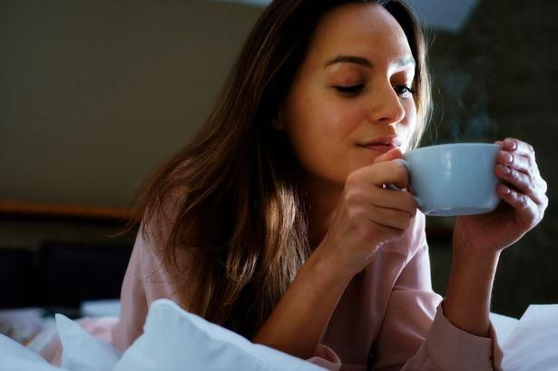 A cup of tea before bed could help you lose weight while you sleep