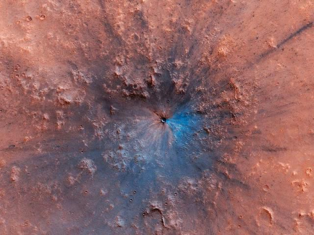 A meteorite smashed into Mars - and left the red planet black and blue