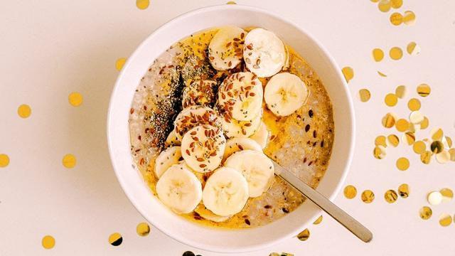 10 Reasons To Eat A Banana Daily
